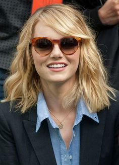 Emma Stone, now a blonde. The Best Celebrity Transformations of 2013 | Beauty High