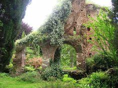 Ninfa gardens - Lazio, Italy