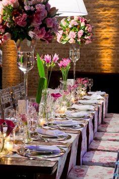 Decoração de casamento Marrom com Rosa - http://www.blogdocasamento.com.br/cerimonia-festa-casamento/decoracao-festa-igreja/decorao-de-casamento-marrom-com-rosa/