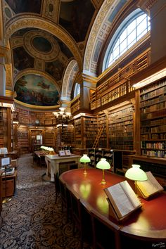 """Connaissance"" (""Knowledge"") photo by KaourDen : Library of  L'Hôtel National des Invalides, usually known simply as ""Les Invalides"". Louis XIV commissioned the hospital for wounded, sick or homeless soldiers. Built between 1671 and 1676 by Libéral Bruant, and later by Jules Hardouin-Mansart and Robert de Cotte. It continues its care of soldiers to this day, but also now houses three military history museums within the complex."