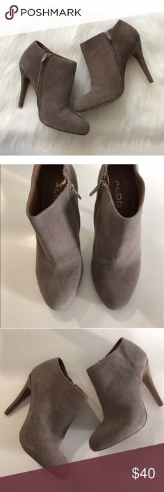 """Aldo """"Gaunt"""" booties • US sz 8/ EUR 38.5 Aldo """"Gaunt"""" booties. Color is a taupe/ grayish mixture. These do have some signs of wear, but have only been worn a few times. These have suede protectant on them. Ships in original box US size 8. European size 38.5.  These were owned by someone who is a size 7 and she said they are true to size (they were a bit too big on her).  **Please note- the Posh size chart is off. I have added a photo of the Aldo size chart on photo #8 🚫NO TRADES…"""