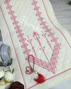 Diy And Crafts, Cross Stitch, Instagram, 1940s, Straight Stitch, Amigurumi, Needlepoint, Pattern, Tablecloths