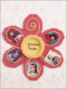 Plastic Canvas - Frames - Grandma's Garden Frame