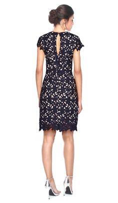 Vestido Preto Renda com mangas - Aluguer de vestidos Nicole Miller - Costas