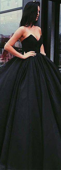 Unique Organza & Satin V-neck Neckline Ball Gown Evening Dress