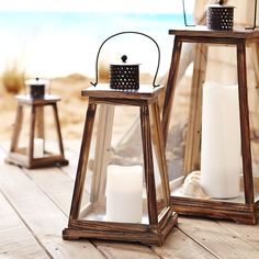 There's something decidedly nautical about our Newport Lantern—but that doesn't mean those with a landlocked abode can't take advantage of its good looks. Handcrafted and hand-painted, the flare-shaped wooden structure is accented with black hardware that's treated to be rust-resistant.