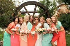 Sweet Summertime Farmhochzeit Logan Walker Photography http://www.hochzeitswahn.de/inspirationen/sweet-summertime-farmhochzeit/ #wedding #mariage #bridesmaids