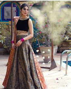 A-Line Wedding Dresses Collections Overview 36 Gorgeou… Pakistani Formal Dresses, Indian Gowns Dresses, Pakistani Dress Design, Pakistani Suits, Bridal Mehndi Dresses, Bridal Lehenga Choli, Pink Lehenga, Designer Party Wear Dresses, Indian Designer Outfits