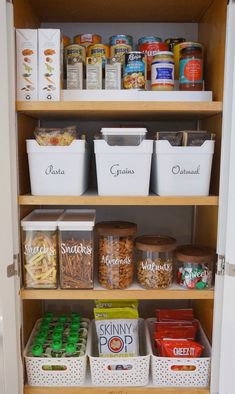 56 ideas kitchen storage organization pantry organisation small spaces for 2019 Small Pantry Organization, Home Organisation, Diy Kitchen Storage, Kitchen Cabinet Organization, Organization Ideas, Cabinet Ideas, Storage Ideas, Apartment Kitchen Organization, Organising Ideas