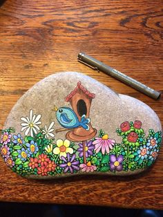 Visuelles Ergebnis der Steinmalerei - Selbermachen Visual result of the stone painting Pebble Painting, Pebble Art, Stone Painting, Garden Painting, Diy Painting, Stone Crafts, Rock Crafts, Caillou Roche, Art Rupestre
