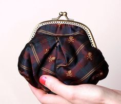 coin purse from men's tie