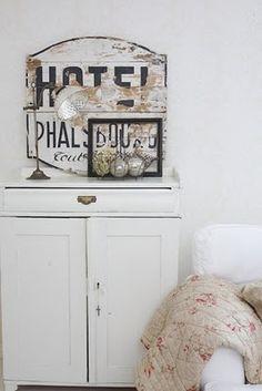 vintage signs ,,,must have