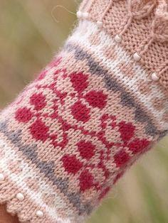 Knit Mittens, Mitten Gloves, Knitted Hats, Bra Hacks, Fingerless Mitts, Wrist Warmers, Happy Socks, Crafty, Knitting