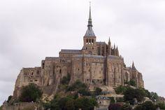 Kanaal eilanden. Barcelona Cathedral, Mount Rushmore, Mountains, Nature, Bucket, Travel, Naturaleza, Viajes, Destinations