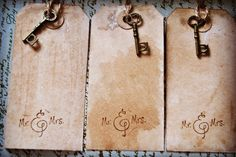 100 Mr. & Mrs. Medium Vintage Hang Tag. Vintage Wedding. Shabby Chic. Place Card. Blank. Skeleton Key Tag by UnaBellaRagazza on Etsy https://www.etsy.com/listing/249126399/100-mr-mrs-medium-vintage-hang-tag