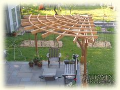Corner+Pergola | pergola which has rafters radiating from one point in the corner ...