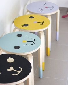 IKEA stool hacks are so much fun. Here's 9 ways to turn a plain IKEA children's stool into something a little bit special. Hacks Ikea, Hacks Diy, Ikea Hack Kids, Frosta Ikea, Ikea Stool, Stool Makeover, Painted Stools, Wooden Stools, Creation Deco