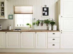 ideas for kitchen modern white farm house White Farmhouse Kitchens, Black Kitchens, Country Kitchen, Cool Kitchens, Teal Kitchen, White Kitchen Cabinets, Kitchen Colors, Kitchen Modern, Kitchen Pantry Furniture
