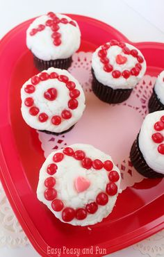 XOXO Valentines Day Cupcakes - Easy Peasy and Fun
