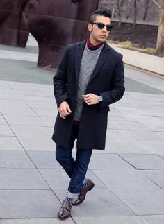 How to wear: black overcoat, grey cable sweater, burgundy dress shirt, navy jeans Shoes With Jeans, Navy Jeans, Outfit Trends, Outfit Ideas, Black Overcoat, Dress Shirt And Tie, Monk Strap Shoes, Cable Sweater, Burgundy Dress