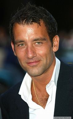 Clive Owen - Soooooo handsome!!