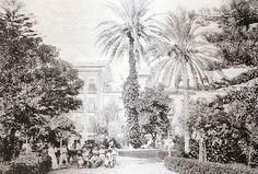 Plaza de Gabriel Miró, uno de los Jardines Románticos de Alicante, aún sin los grandes ficus que hoy conocemos. Postal de Josep Thomas