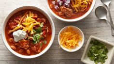 Slow-Cooker Pulled Pork Chili recipe from Betty Crocker Slow Cooker Chili, Crock Pot Slow Cooker, Slow Cooker Recipes, Crockpot Recipes, Cooking Recipes, Potluck Recipes, Healthy Recipes, Pork Chili Recipe, Chili Recipes