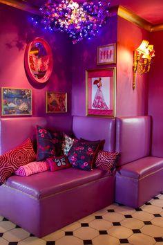 My future room. Colorful Interior Design, Home Interior Design, Yoga Studio Design, Eaton House, Aesthetic Room Decor, Retro Home, Dream Decor, Dream Rooms, Cool Rooms