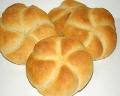 Császárzsemle | Antukné Ildikó receptje - Cookpad receptek Pastry Recipes, Bread Recipes, Cake Recipes, Hungarian Cuisine, Hungarian Recipes, Hungarian Food, Bread And Pastries, Dough Recipe, Bread Rolls