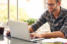 Fernstudiengänge sind sowohl für Arbeitnehmer als auch für Erststudenten interessant. Damit das Fernstudium optimal gelingt, haben wir die wichtigsten Tipps zusammengestellt und erweitert...  http://karrierebibel.de/fernstudium-2/