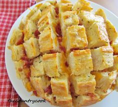 The Country Cook: Cheesy Bacon Ranch Bread...great recipes on this site. This one is a winner.