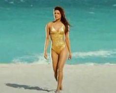 Priyanka Chopra Bikini Pictures Photos Wallpapers