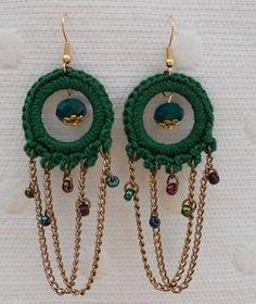Originales Crochet Earrings Pattern, Crochet Jewelry Patterns, Crochet Doll Pattern, Bead Crochet, Crochet Accessories, Crochet Designs, Handmade Accessories, Tatting Earrings, Tatting Jewelry