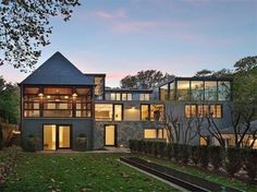 HOME DESIGNS  Designed by the Washington firm of Robert M. Gurney, which has won eight National AIA awards