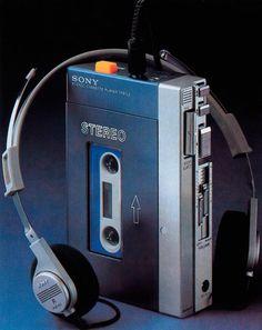 """SONY cassette tape player - TPS-L2 """"WALKMAN"""""""
