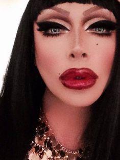 November 2014 Painted for Filth Drag Makeup - Raven RuPaul's Drag Race Raven Drag Queen, Drag Queen Make-up, Rupaul Drag Queen, Raven Rupaul, Best Drag Queens, Alyssa Edwards, Adore Delano, Drag Makeup, Hair Makeup