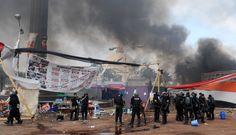 FOTOS: Día de violencia en Egipto por desalojo de seguidores de Mohamed Mursi