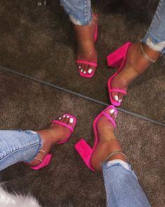 Frauen Slipper Sommer neue offene Spitze High Heel Slide Damenmode im Freien Komfort Slip on Thick Heel High Heels Frau - Frauen Schuhe Mode Thick Heels, Chunky Heels, Stiletto Heels, Shoes Heels, Pumps, Nike Shoes, Shoes Sneakers, Shoes Men, Wedge Heels