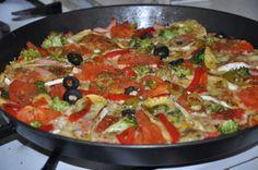 Bezglutenowe wariacje kulinarne: Bezglutenowa pizza na pomidorowym spodzie