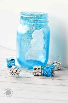 Grab Your Mason Jars And Lets Get Started With This Winter Wonderland Craft Crafts For Teens To Make, Christmas Crafts For Kids, Diy For Kids, Holiday Crafts, Christmas Diy, Christmas Decorations, Xmas, Painted Mason Jars, Mason Jar Wine Glass