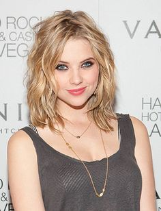 Ashley Benson blonde bob @Jess Pearl Pearl Pearl Amber Jager