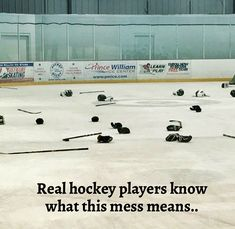 Ice Hockey 375276581445818210 - Or just hockey players in general Source by xavbesson