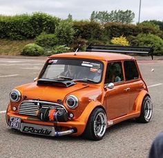 Verrückter Turbo Mini Cooper ❤💜💖💟💗💚💙💛 – … – Cars and Bikes – Super Autos Mini Cooper Classic, Mini Cooper S, Classic Mini, Classic Cars, 147 Fiat, Supercars, Car Tuning, Modified Cars, Amazing Cars