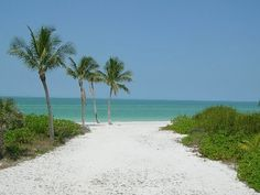 Keewaydin Island - Boat Access Only Home near Naples