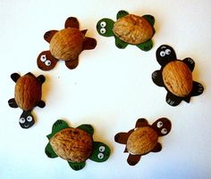 Snail, hedgehog and millipede from leaves - nature crafts - my grandchildren and . - Fall Crafts For Kids Cheap Fall Crafts For Kids, Green Crafts For Kids, Easy Fall Crafts, Frog Crafts, Bear Crafts, Preschool Crafts, Koala Craft, Cow Craft, Sea Animal Crafts