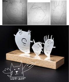 Après IKEA qui transformait des dessins d'enfants en peluche (dont nous vous avions parlé ici), nous vous présentons aujourd'hui le duo de créatrice