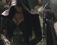 legend of the seeker costume kahlan amnell-- this is the hood/ cloak design I've been looking for.