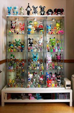 18 best bear display images cabinets toy display window displays rh pinterest com