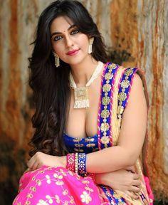 Beautiful Girl Photo, Beautiful Girl Indian, Most Beautiful Indian Actress, Beautiful Saree, Beauty Full Girl, Beauty Women, Indian Beauty Saree, India Beauty, Girls Image