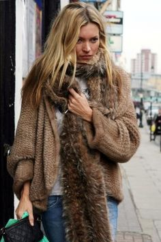 Sweater and fur scarf _Kate Moss